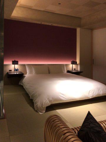 星のや東京 客室ベッドルーム